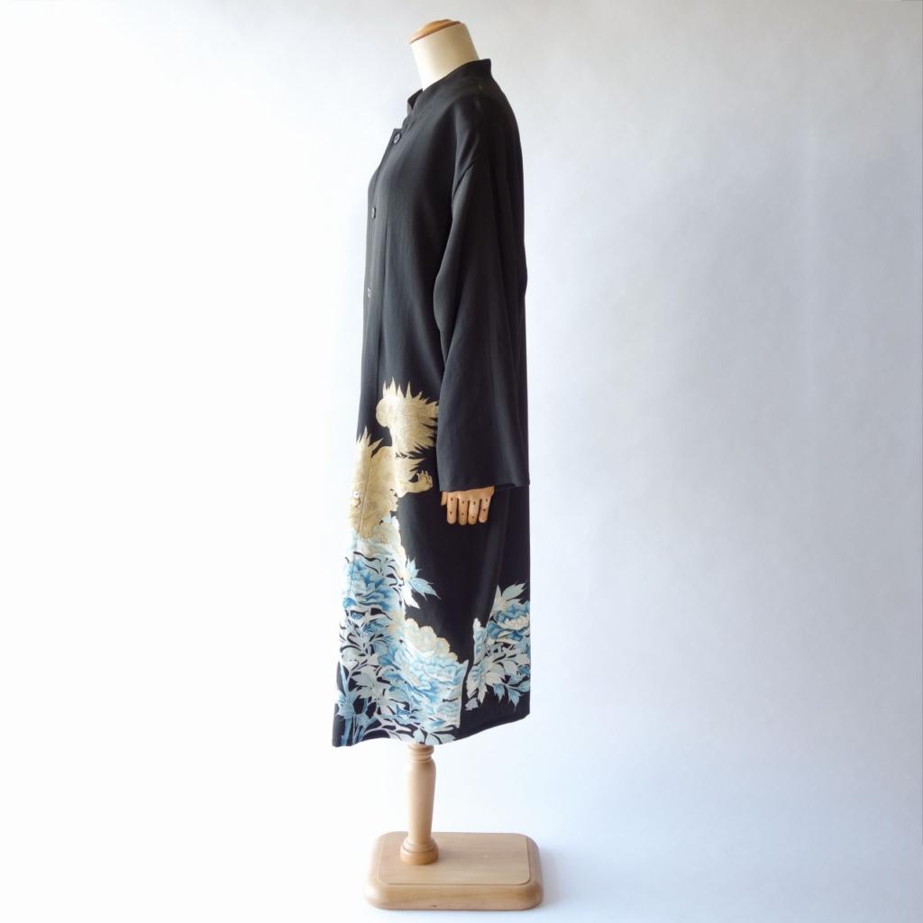 金銀獅子の黒留袖リメイクジャケット