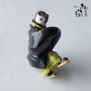 歌川国芳/里すずめねぐらの仮宿/着物雀のひっかけ飾り